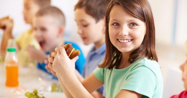 okulda beslenme 2 - OKUL ÇAĞINDA ÖĞLE YEMEĞİNİN ÖNEMİ