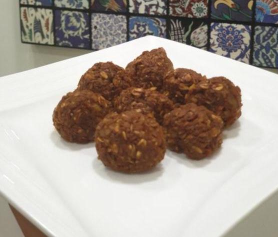 yulaflı pişmeyen kurabiye e1587890681812 - Yulaf Ezmeli Pişmeyen Kurabiye
